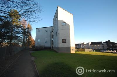 Property to rent in Dochart Terrace Dundee