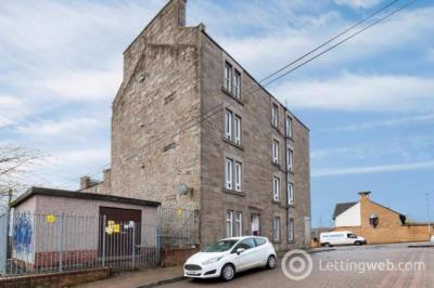 Property to rent in Black street, Dundee