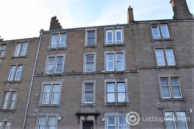Property to rent in 270 H Blackness Road, Dundee, DD2 1RW