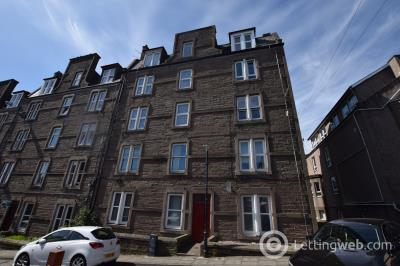 Property to rent in 17 (3L) STEP ROW, DUNDEE, DD2 1AF