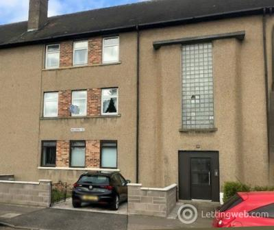 Property to rent in 22 Balerno Street Dundee