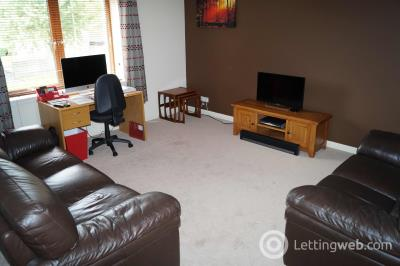 Property to rent in 131 Links View
