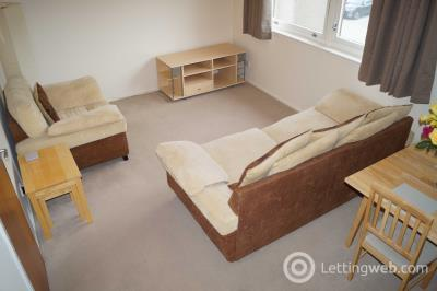 Property to rent in Urquhart Terrace