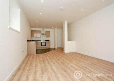 Property to rent in Shore Lane