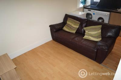 Property to rent in Marischal Street, Flat C