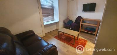 Property to rent in Nellfield Place