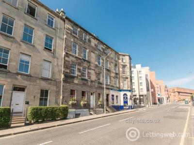 Property to rent in Lauriston Place, Edinburgh,