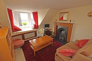 Property image 4 for - Flat 3, 38 High Street, Crieff, PH7