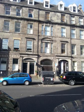 Property image 3 for - CONSTITUTION STREET, LEITH, EH6
