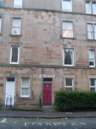 Property image 4 for - CATHCART PLACE, EH11