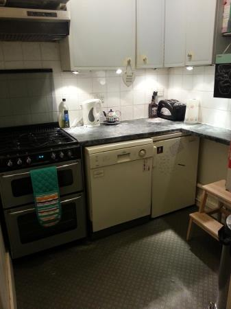 Property image 3 for - 18 Brougham Place, EH3