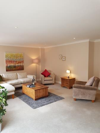 Property image 20 for - 48 Craiglockhart Dell Road, EH14