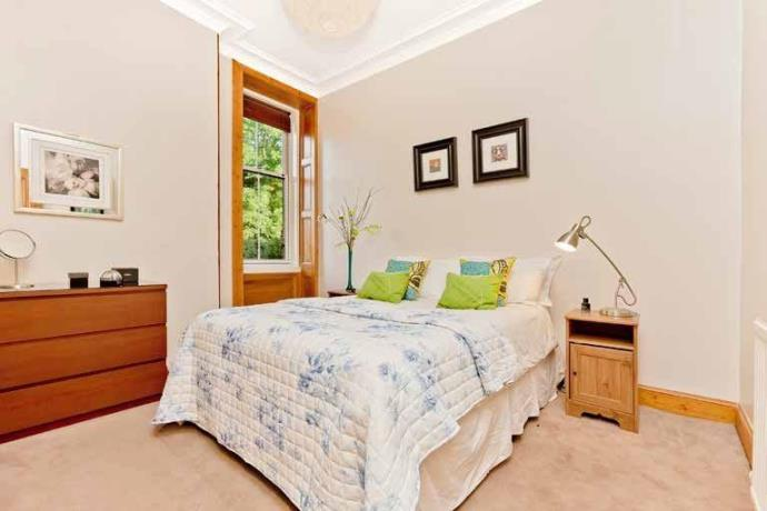 Property image 3 for - COMISTON ROAD, EH10