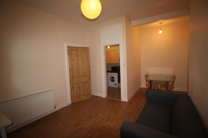 Property image 2 for - Wardlaw St, EH11