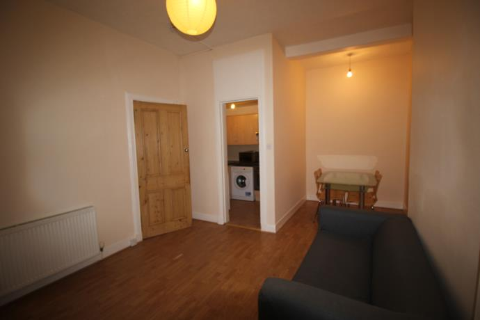 Property image 4 for - Wardlaw St, EH11