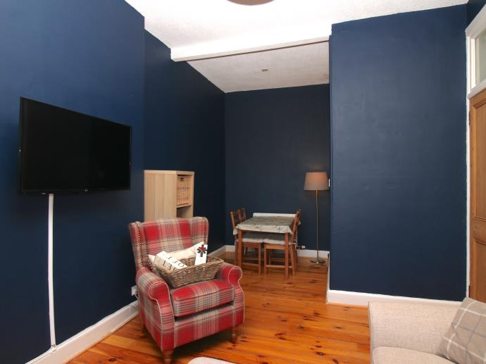 Property image 3 for - Rossie Place, EH7