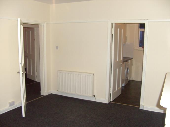 Property image 2 for - 34 Parkhead Avenue, EH11