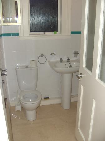 Property image 3 for - 34 Parkhead Avenue, EH11