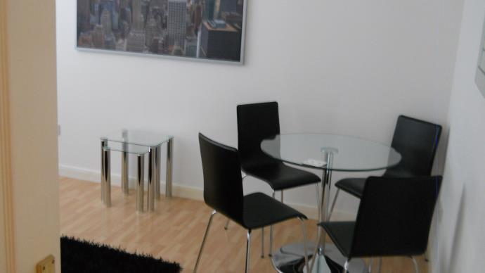 Property image 3 for - 20 Duff Street, EH11