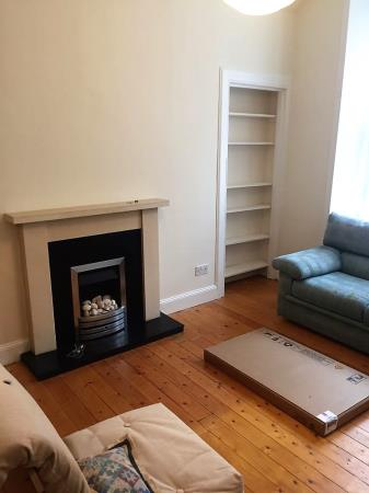 Property image 3 for - 15 Downfield Place, EH11