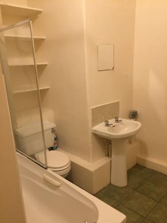 Thumbnail image 17  for - 5A Warrender Park Crescent, EH9