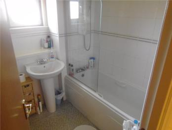 Property to rent in Brook Gardens, Dundee