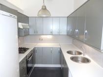 Property to rent in Shieldhall Road