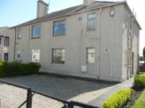 Property to rent in Irvine Road