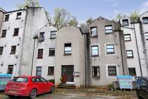 Property to rent in 64 Millside Terrace