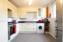 Property to rent in 85 Headland Court, Aberdeen