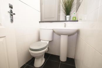 Property to rent in Neilston Road , Uplawmoor, East Renfrewshire, G78 4AF