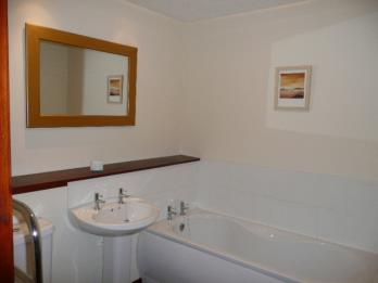 Property to rent in Clydeview Court, Bowling, West Dunbartonshire, G60 5BL