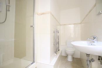 Property to rent in Oakfield Avenue, Hillhead, Glasgow, G12 8JE