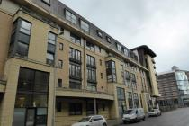 Property to rent in Berkeley Street