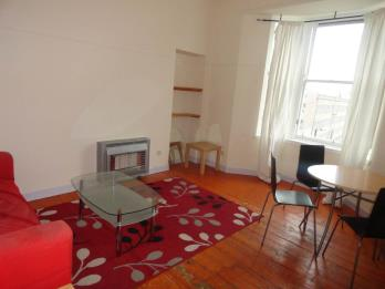 Property to rent in 32(Flat 3A) Westport