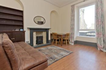 Property to rent in 129 Rosemount Place, Flat B, Aberdeen, AB25 2YH
