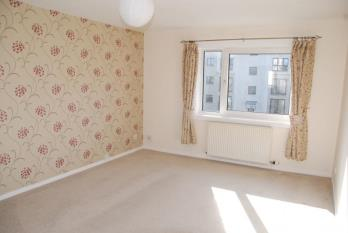 Property to rent in Wellington Street, GREENOCK UNFURNISHED
