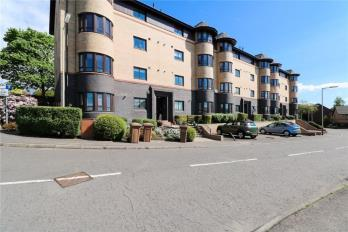 Property to rent in Carmichael Court, Coldside, Dundee, DD36LS