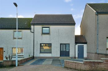Property to rent in 7 Park Vale, Longside, Peterhead, AB42