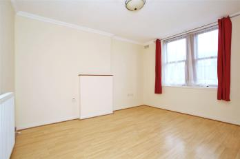 Property to rent in 47B Broad Street, Peterhead, Aberdeenshire, AB42