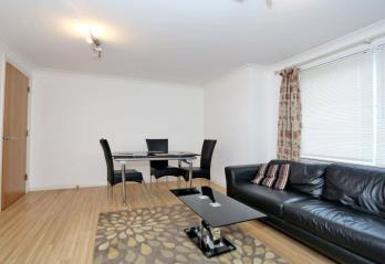 Property to rent in 15d Mackie Place, Westhill, AB32