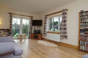 Property to rent in 4 Muirend Road, Cardross, G82 5LG
