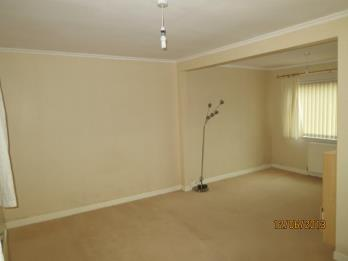 Property to rent in Millhall Crescent, West End