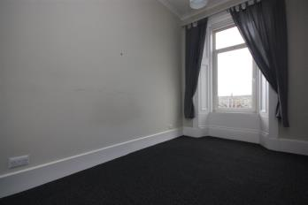 Property to rent in Flat 1/1, 24 West Princes Street