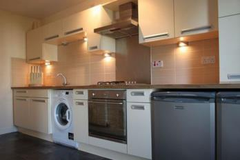 Property to rent in St Andrews Road, Pollokshields, G41 1PG