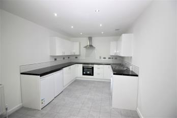 Property to rent in Sauchiehall Street, Charing Cross, Glasgow, G2 3LX