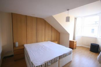 Property to rent in South Bridge , Old Town, Edinburgh, EH1 1LL