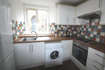 Property to rent in High Street, Kinross