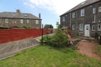 Property to rent in Den Walk, Buckhaven, Leven