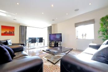 Property to rent in Rubislaw Drive, West End, Aberdeen, AB15 4BX